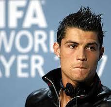 Cristiano Ronaldo - fonte : http://www.homemnamoda.com.br