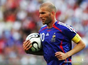 Zidane. Foto retirada do blog http://musicadogol.blogspot.com